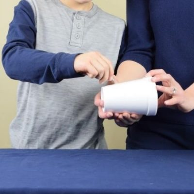 Water Doesn't Leak Out Science Experiment